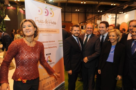 La ministra de Agricultura, Isabel García Tejerina, en Fruit Attraction